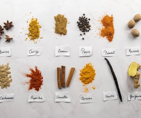 Les épices (curcuma, cannelle, paprika...)
