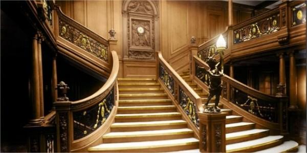 L'escalier de la première classe a