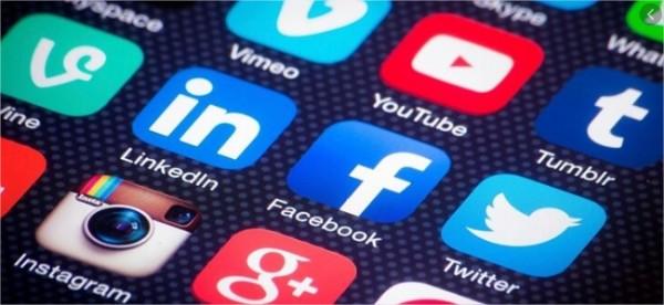 Choisis un réseau social :